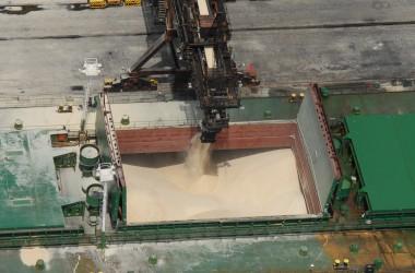 Embarque de Açúcar-pag. 41-foto Codesp