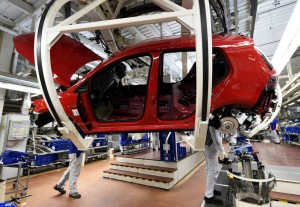 A Golf car is pictured in a production line at the plant of German carmaker Volkswagen in Wolfsburg, March 9, 2017. REUTERS/Fabian Bimmer