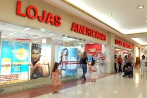 Vitrine da Lojas Americanas, no Shopping Iguatemi.
