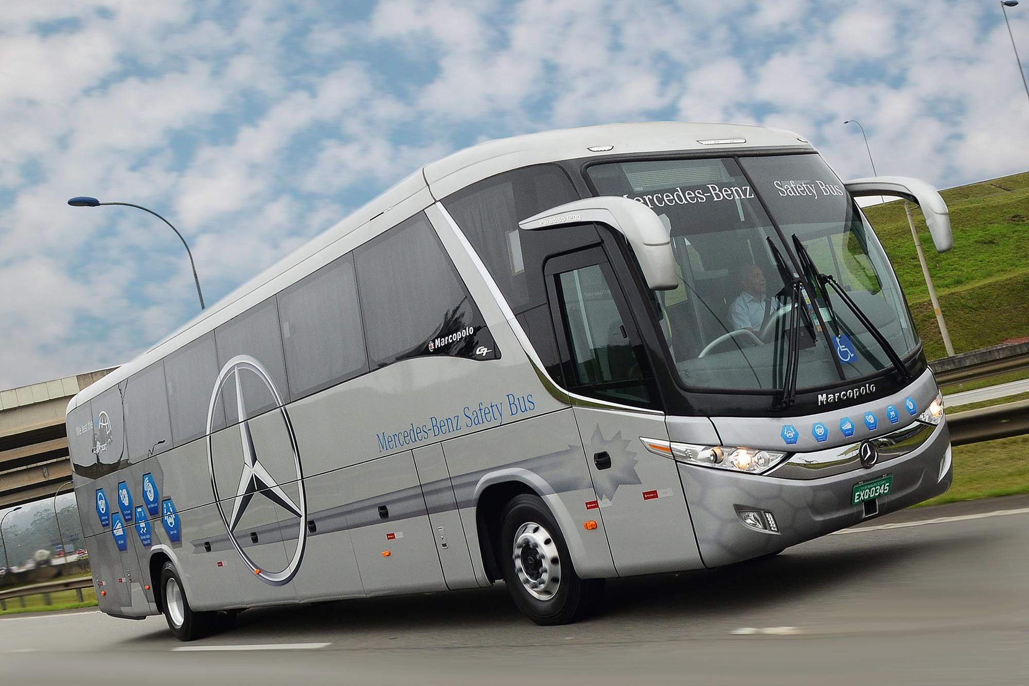Mercedes-Benz conclui vendas de 199 chassis para empresas de ônibus de diferentes estados