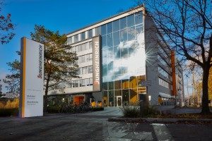Konzernzentrale Gebäude Hamburg Friedrich-Ebert-Damm 129; Headquaters Building Hamburg Friedrich-Ebert-Damm 129
