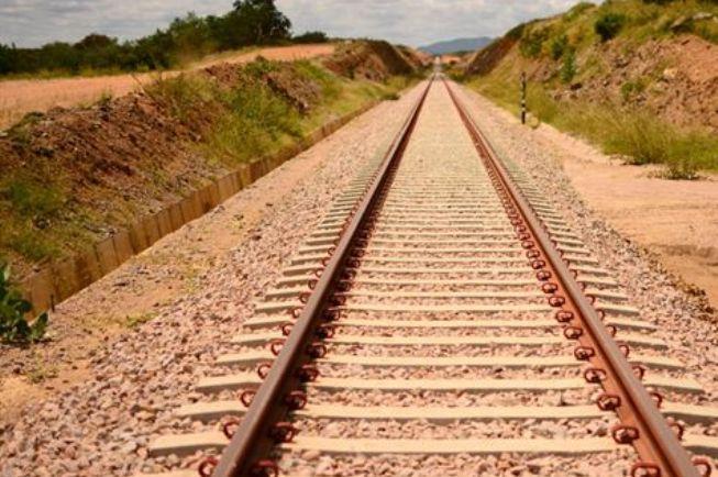 Trecho da Transnordestina liberado para obra compreende cerca de 300 km