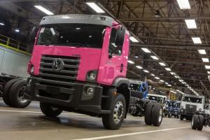 caminhão rosa