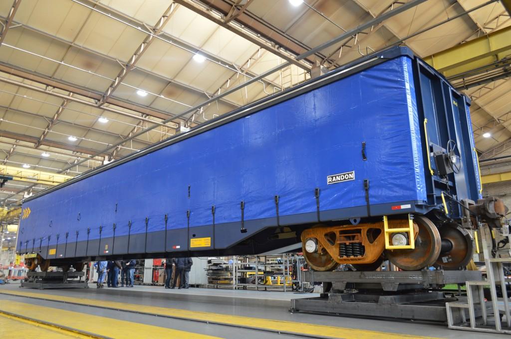 Randon Araraquara entrega 74 vagões ferroviários para MRS