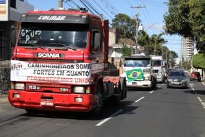 caminhões greve