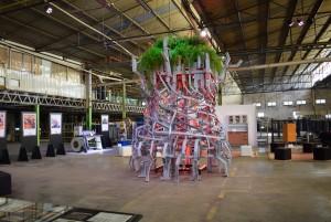 Escultura Raiz - Foto CAROLINE WERNER