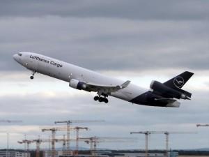 Lufthansa-Cargo-MD-11