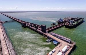Porto-do-Acu-Ferroport-Minerio-Ferro-Navio