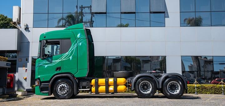 TransMaroni adquire 11 caminhões Scania a gás