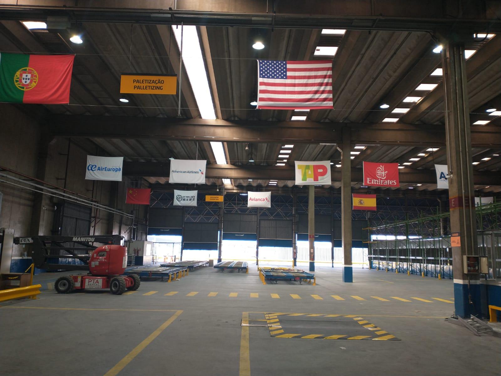 GRU Airport e Tri-star inauguram armazém alfandegado de exportação 1