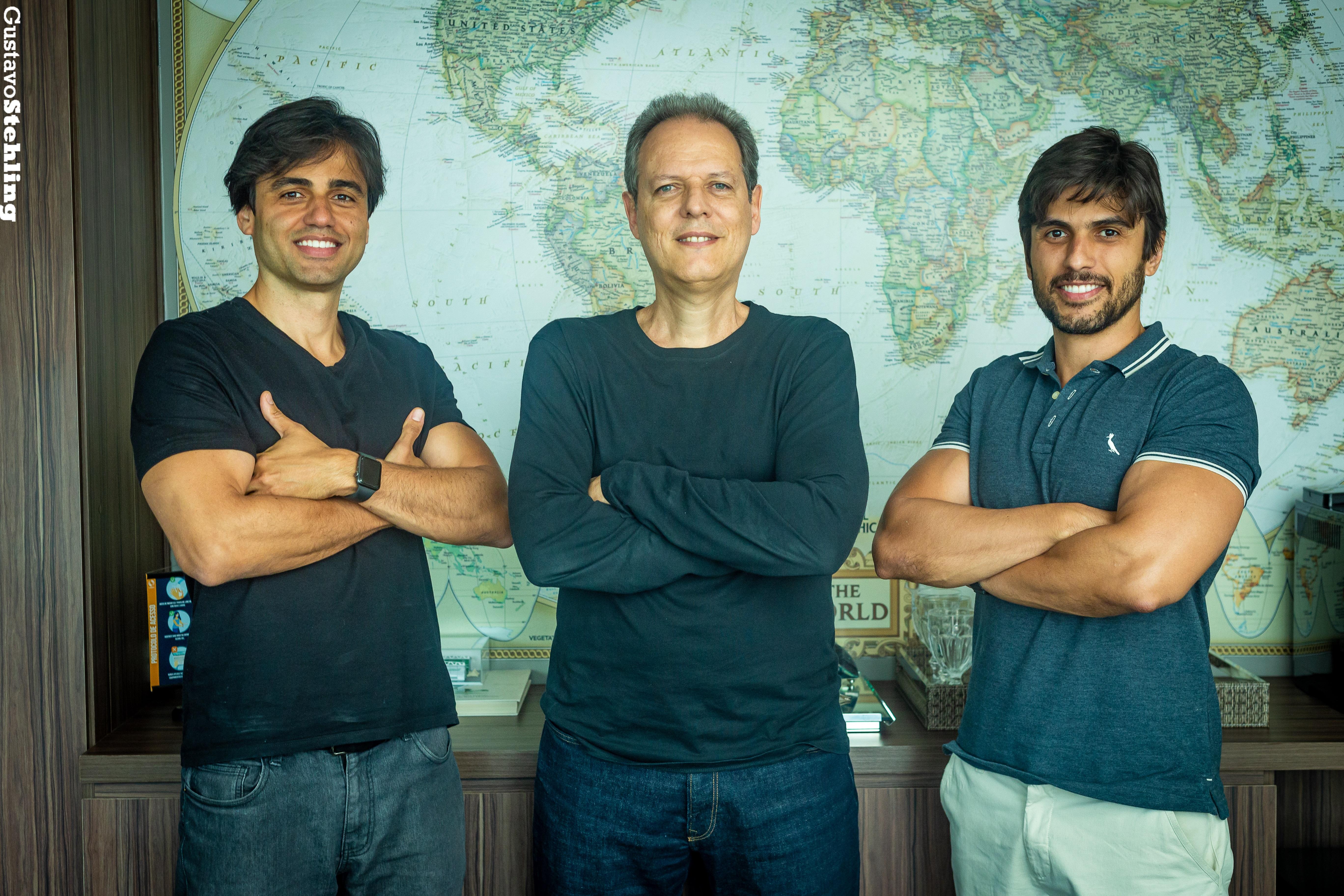 Os sócios Leonardo Lima, Roberto Azevedo e Eduardo Maia (da esquerda para a direita) – Crédito: Gustavo Stehling